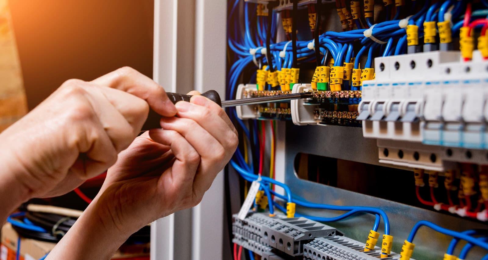 Material eléctrico y climatización - ASEISA